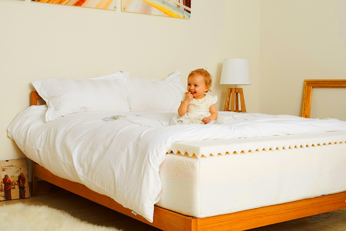 Tuft and Needle memory foam mattress Features