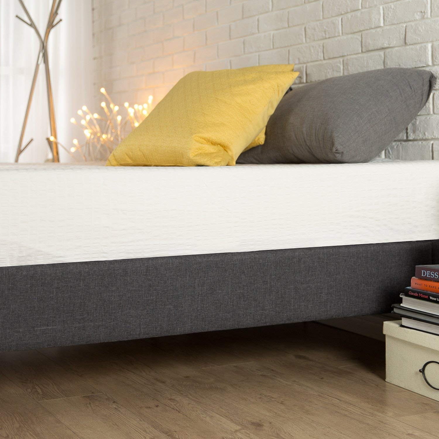 zinus Upholstered platform bed features