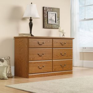 Bedroom chest of drawers with storage
