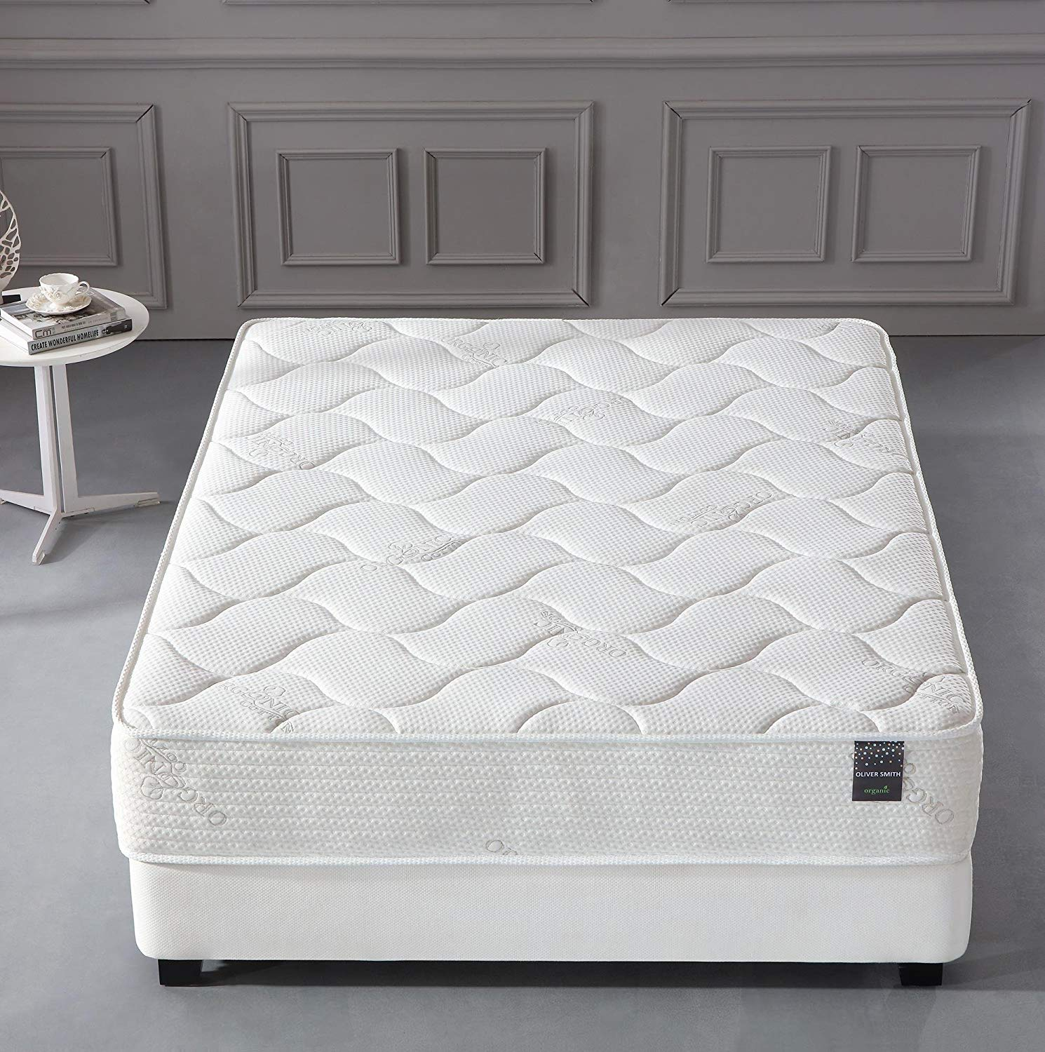 Affordable Organic Mattress by Oliver Smith