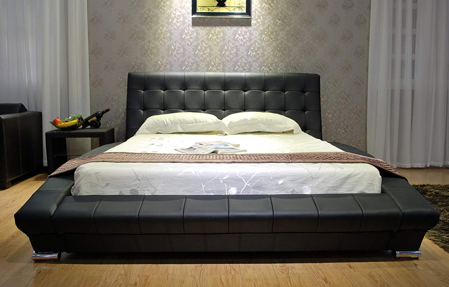 Black Modern leatherette Platform Bed Review
