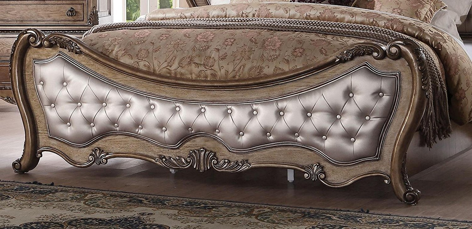 Tufted footboard