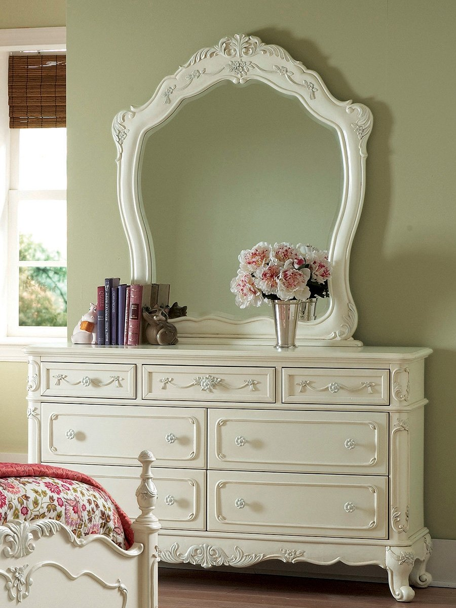 Cinderella dresser with mirror