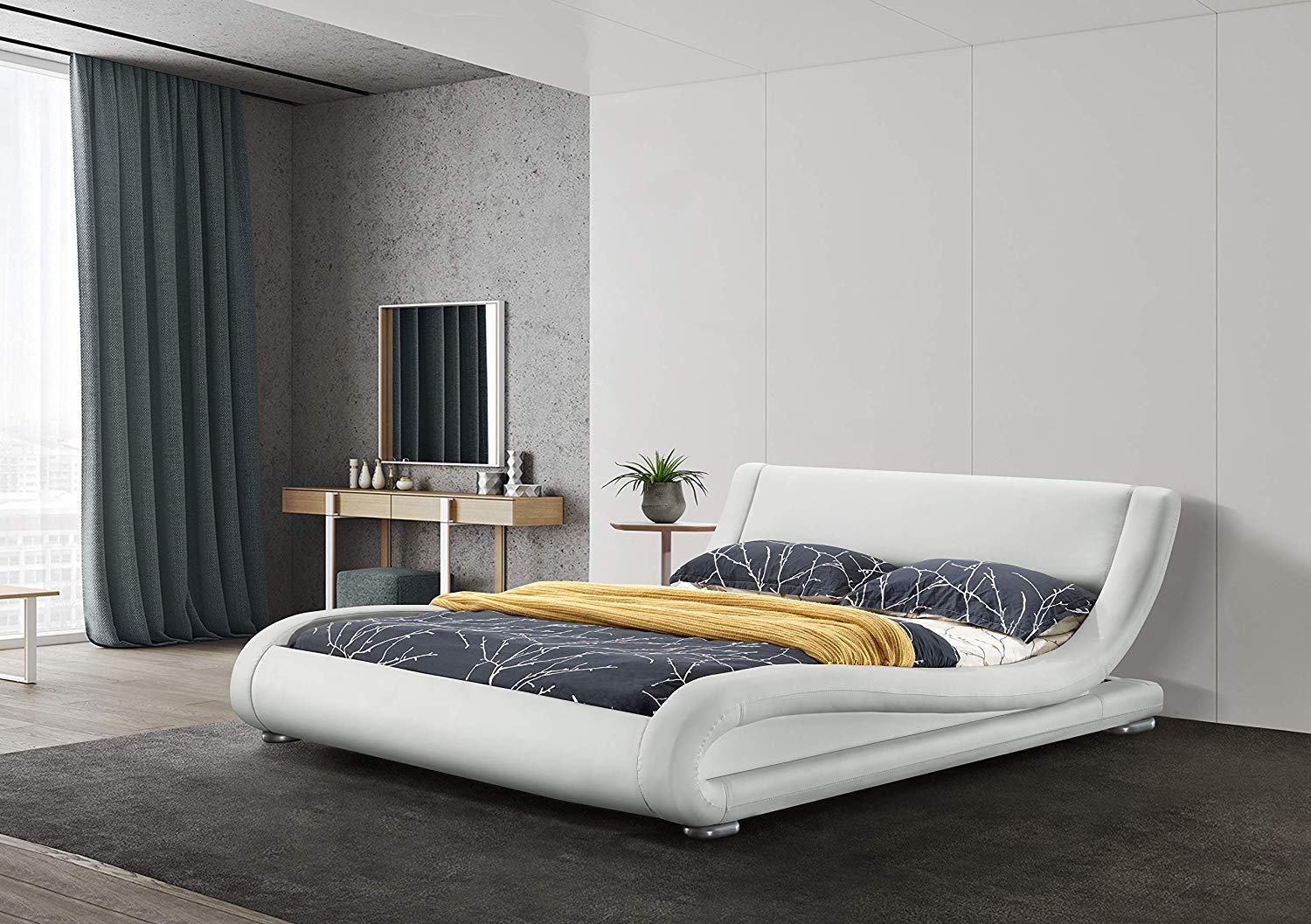 Contemporary Upholstered Curved Platform bed by Greattime