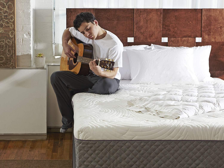 Shiloh 12-inch queen mattress review