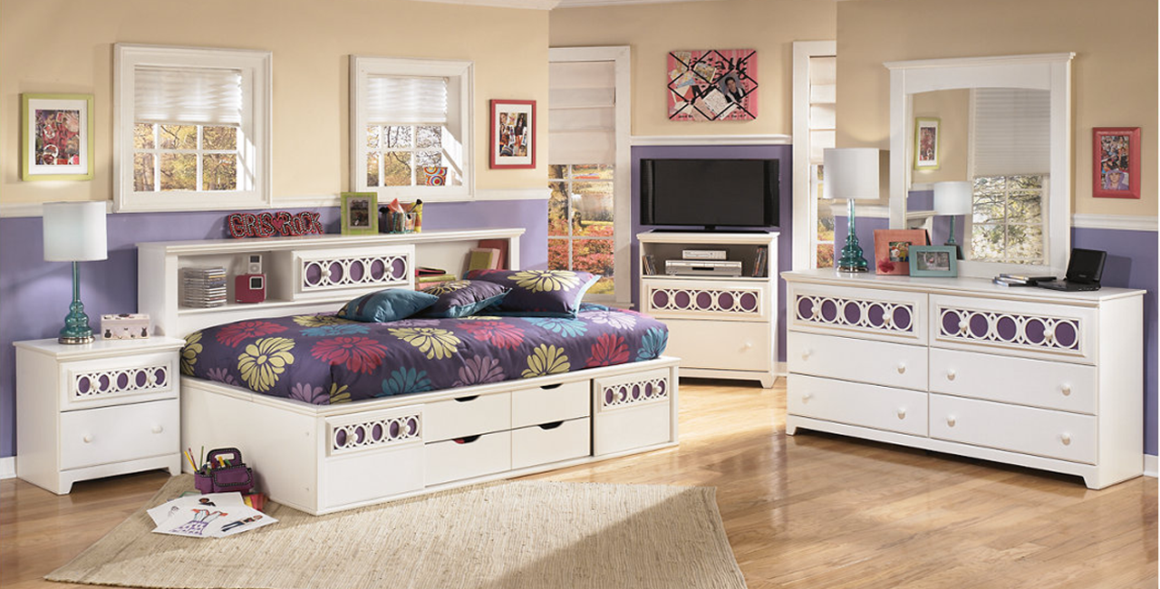Zayley-full-Bedroom-Set-review-